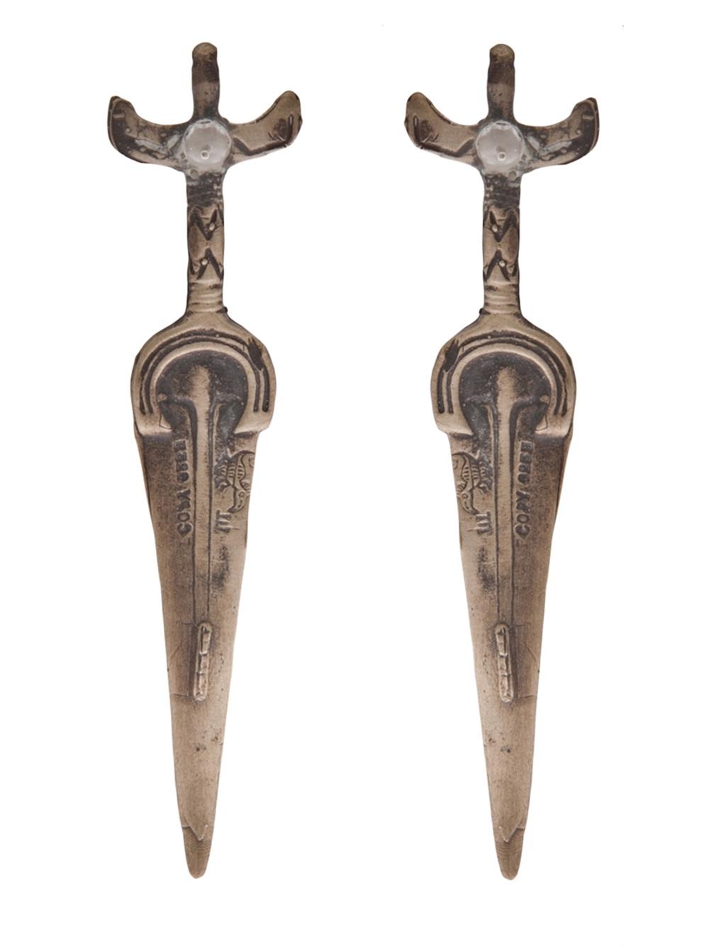 Alkemie Sword Earring in Grey (Metallic)