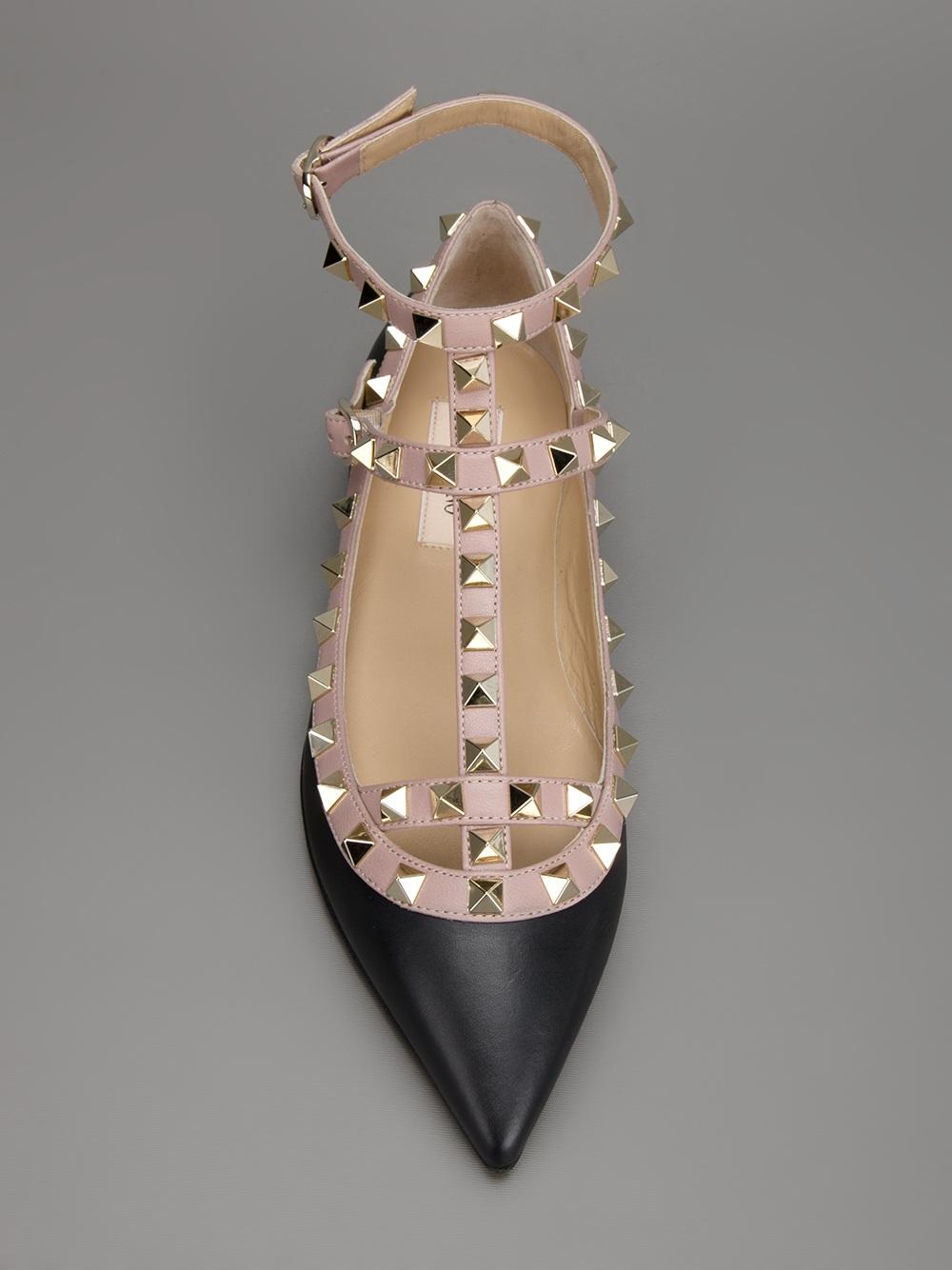 Valentino Rockstud Flat Sandal In Black Lyst