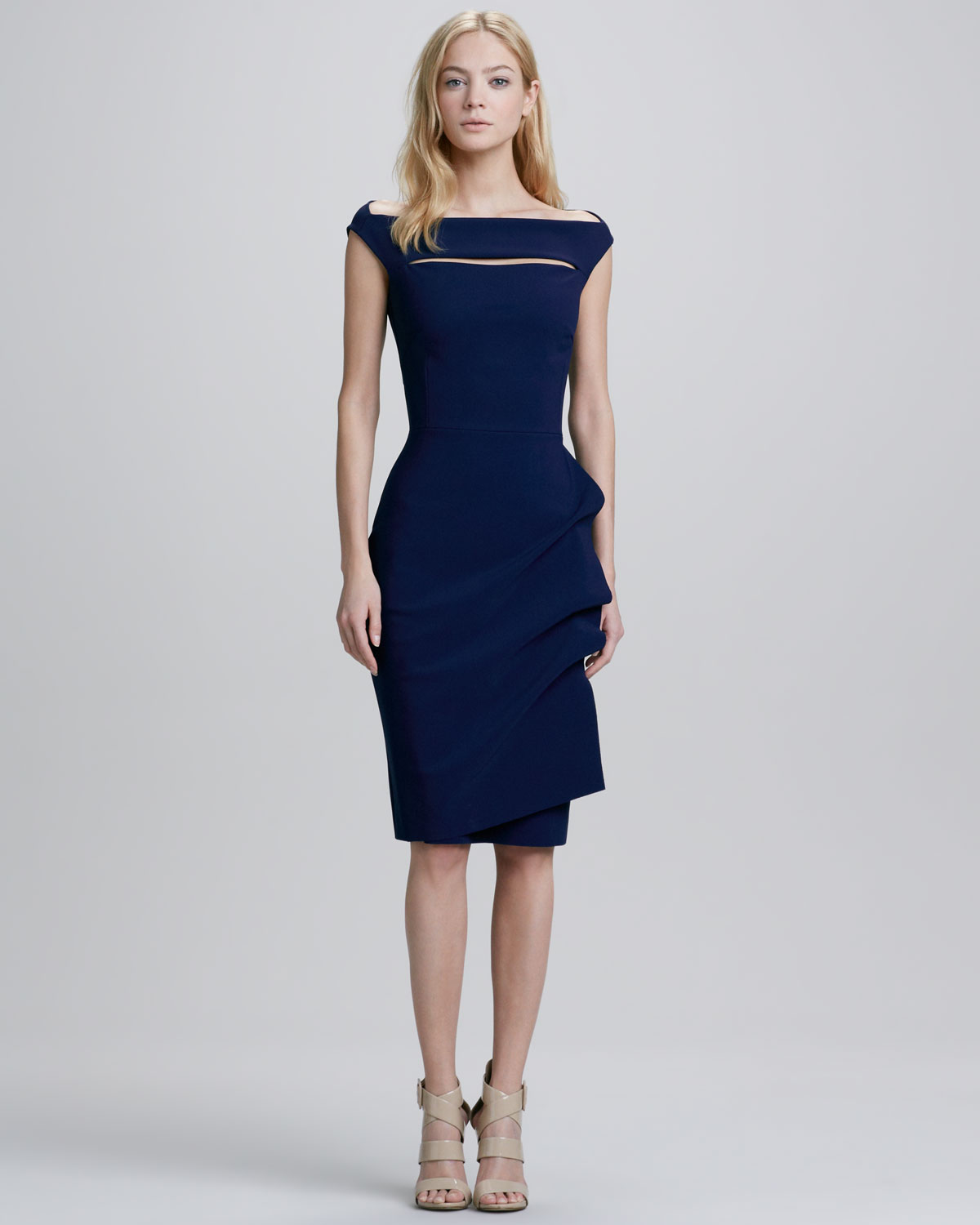 Chiara Boni The Most Popular Dress In America: La Petite Robe Di Chiara Boni Melania Capsleeve