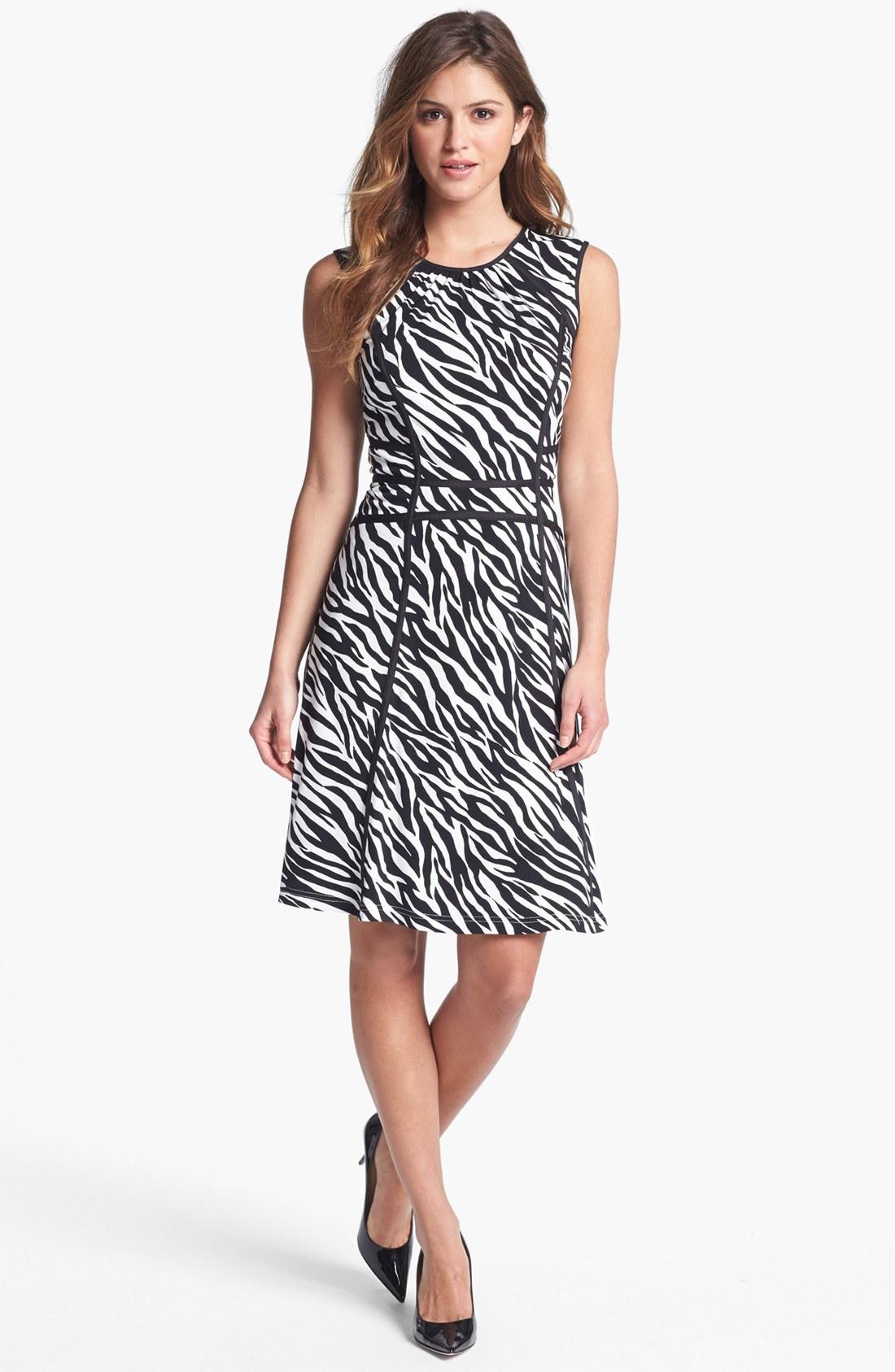6b93fd4f75 White leopard print dress - photo 18