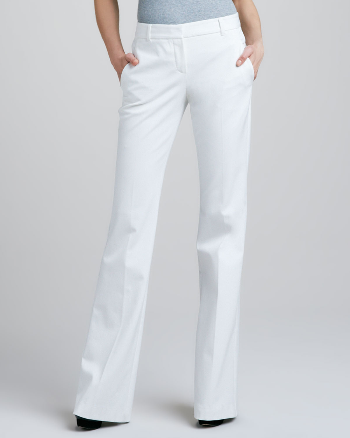 Creative Lyst - Theory Pants Item Cropped Summertwill In White