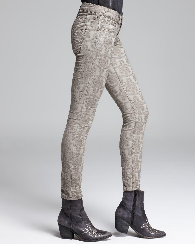 Free People Jeans Vintage Jacquard Skinny in Slate in Grey