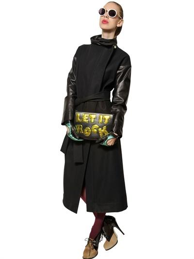 vivienne westwood let it rock leather clutch in black