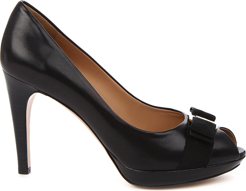 ferragamo talia leather court shoes in black lyst