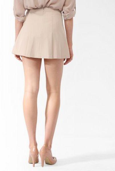 khaki short skirt milf nude photo