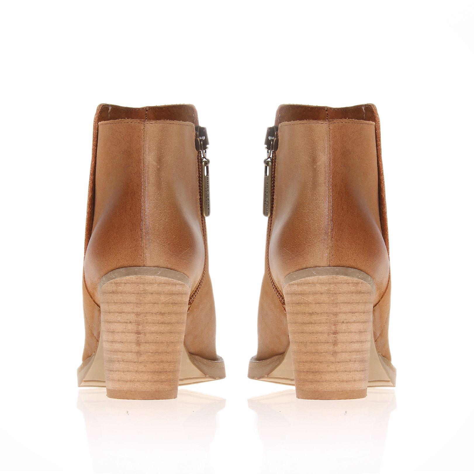 Kurt Geiger Soda Boots in Tan (Brown)