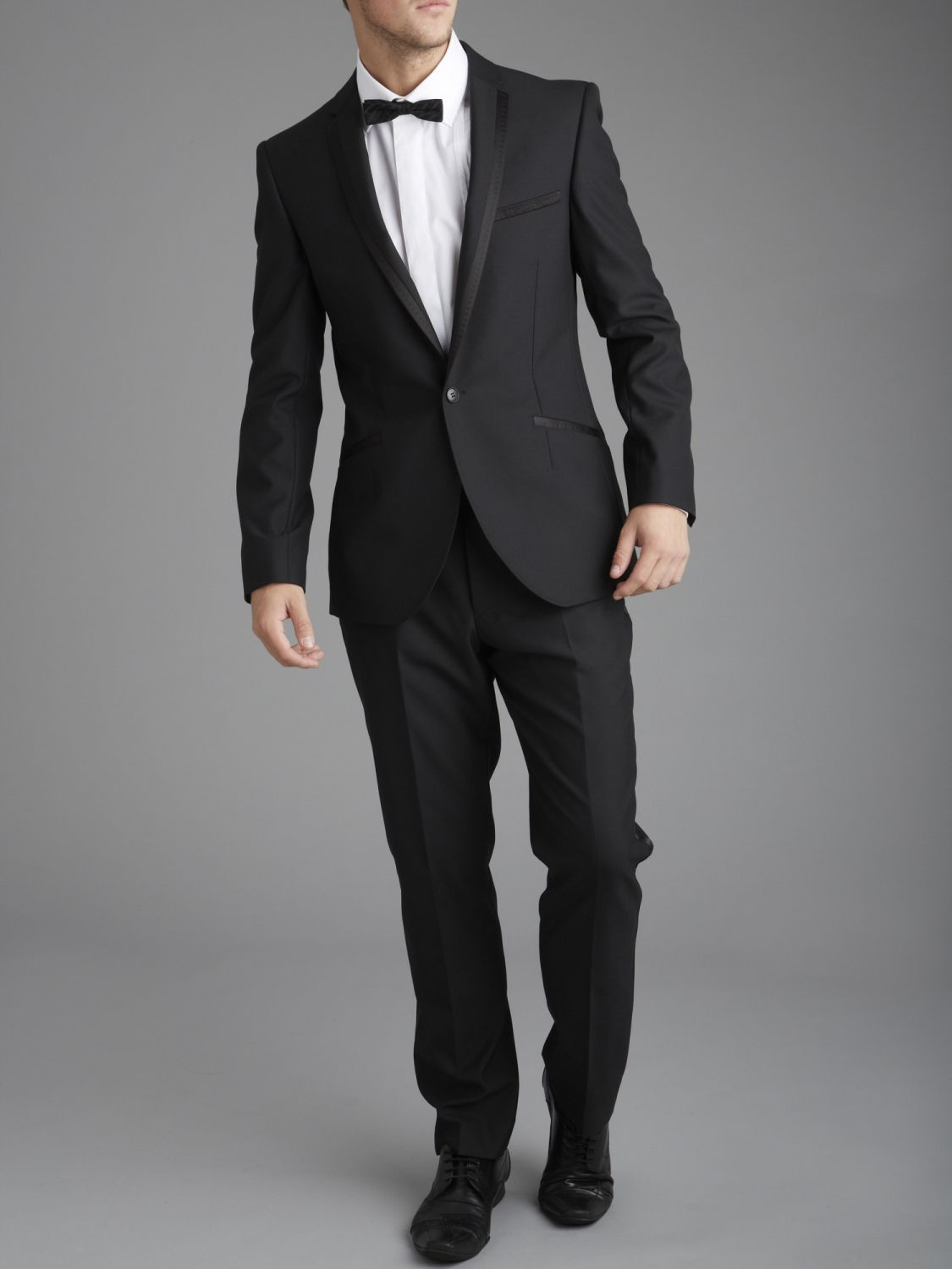 Men's Suits and Tuxedos From your working day to after-hours and special occasions, being suitably turned out is simple with our wide range of men's suits and tuxedos. Start with our suit fit guide to find your perfect fit, then take your pick from 2-piece or 3-piece suits, luxurious Italian cloths or some designer tailoring from our edit of.