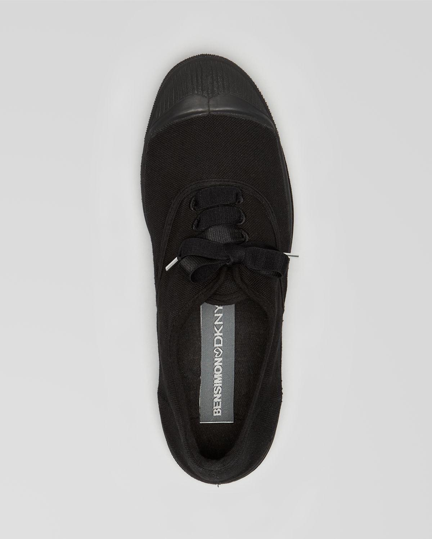 DKNY Sneakers Bensimon in Black