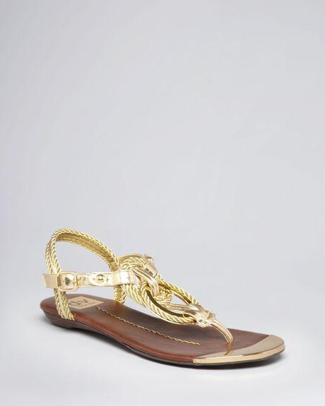 03c9d438796 Dolce Vita Dv Thong Sandals Agnyss Flat in Gold