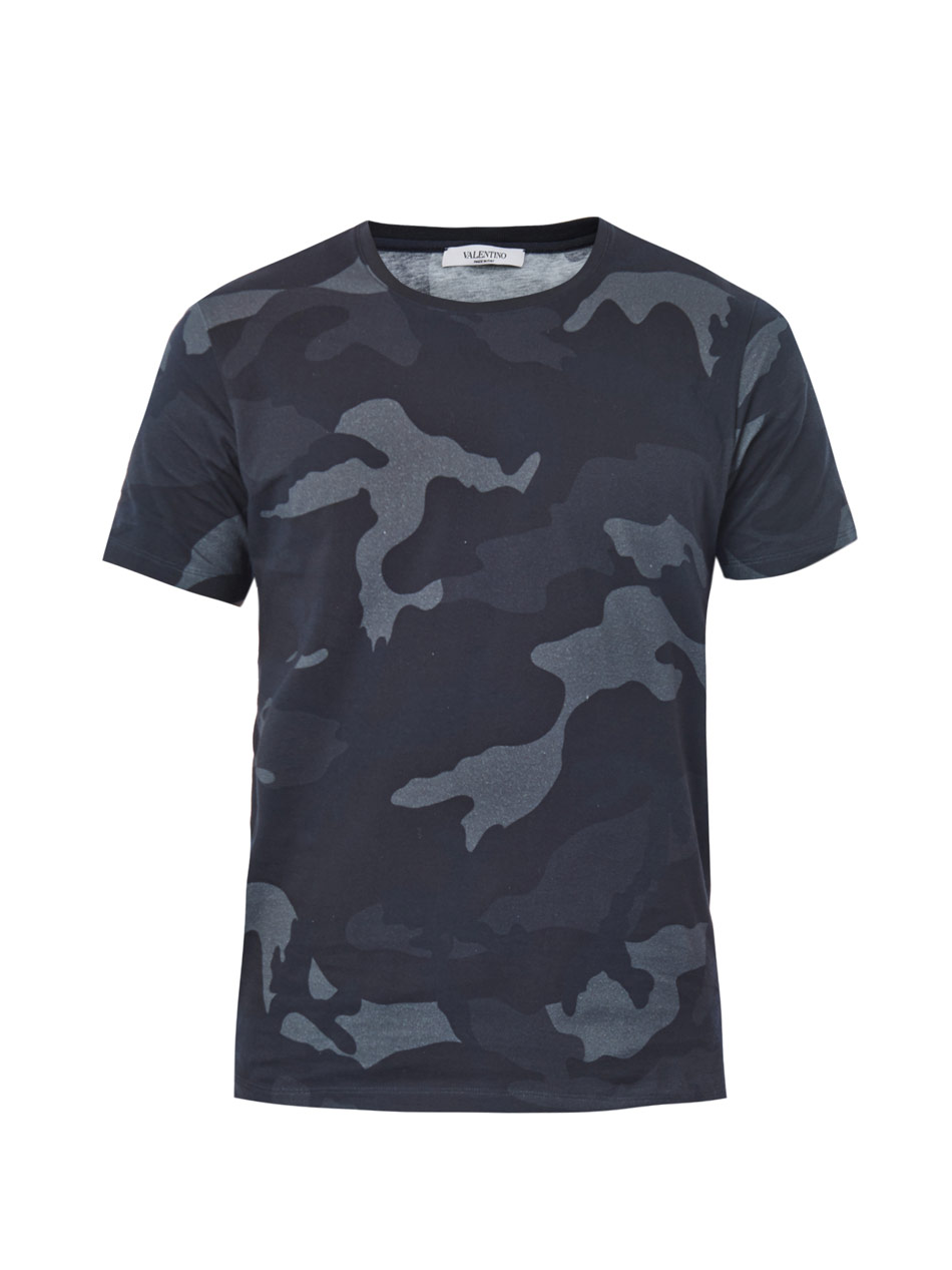 Lyst valentino camo print t shirt in gray for men for Camo print t shirt