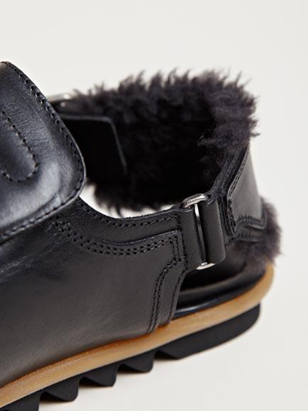 Dries Van Noten Mens Ripple Sole Sandals In Black For Men