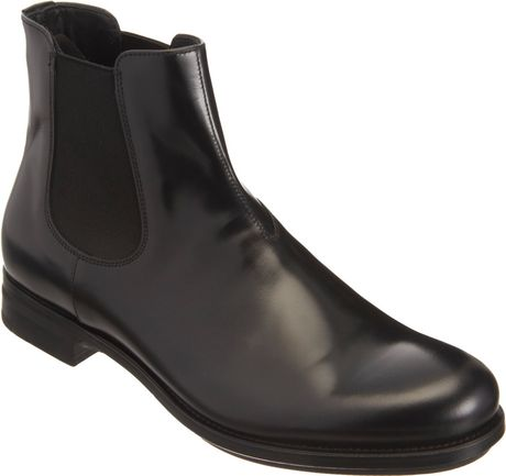 Prada Asymmetric Chelsea Boot In Black For Men Nero
