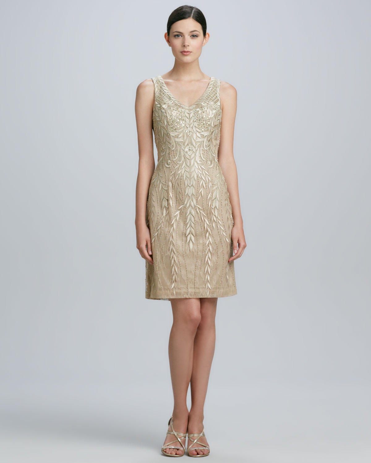 Sue Wong Sleeveless Beaded Cocktail Dress In Beige