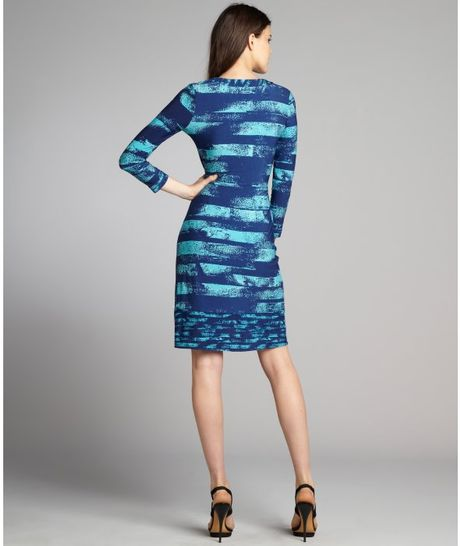 Bcbgmaxazria Turquoise And Navy Printed Jersey Knit Wrap