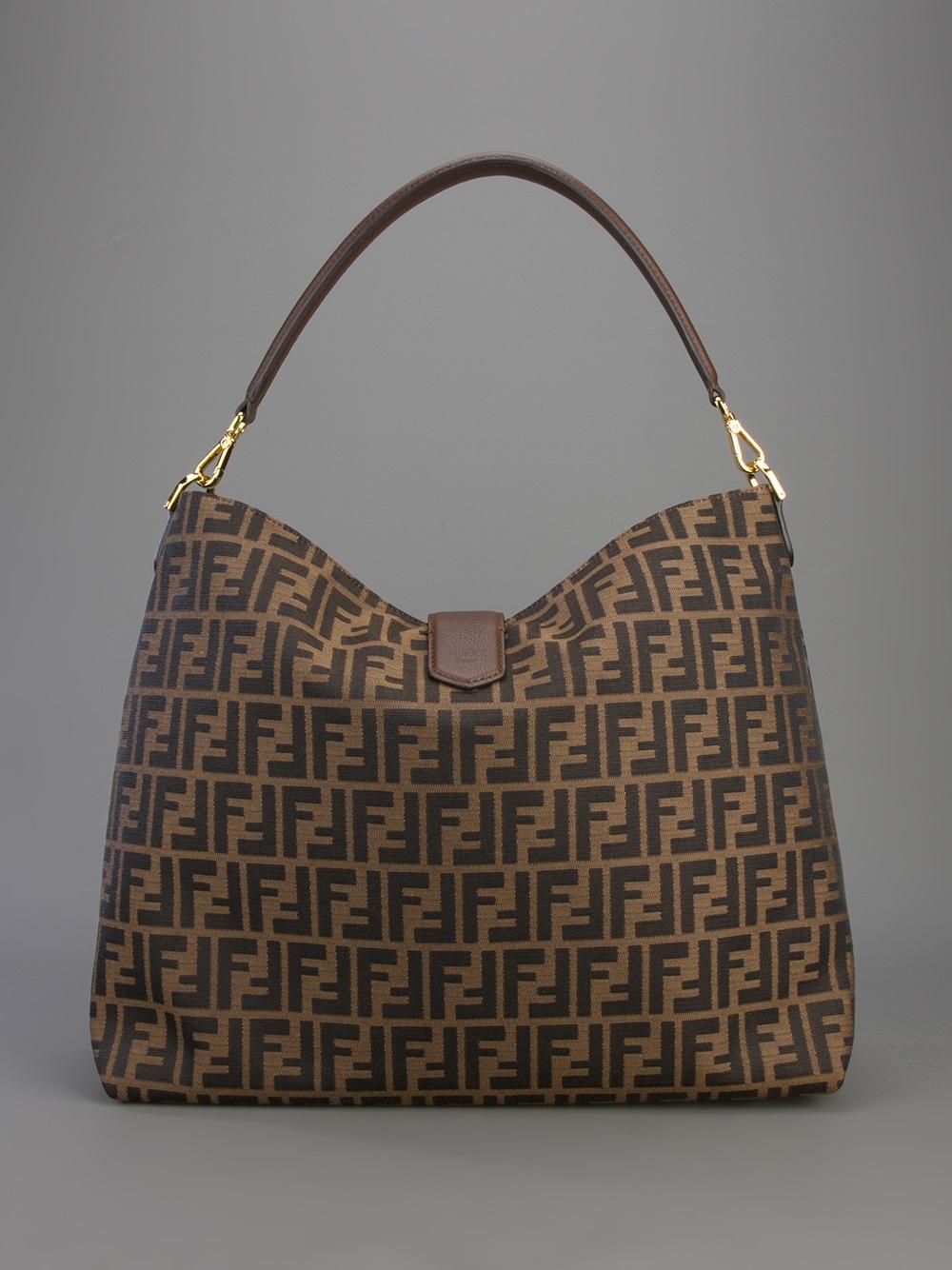 Fendi Classic Hobo Tote Bag in Brown