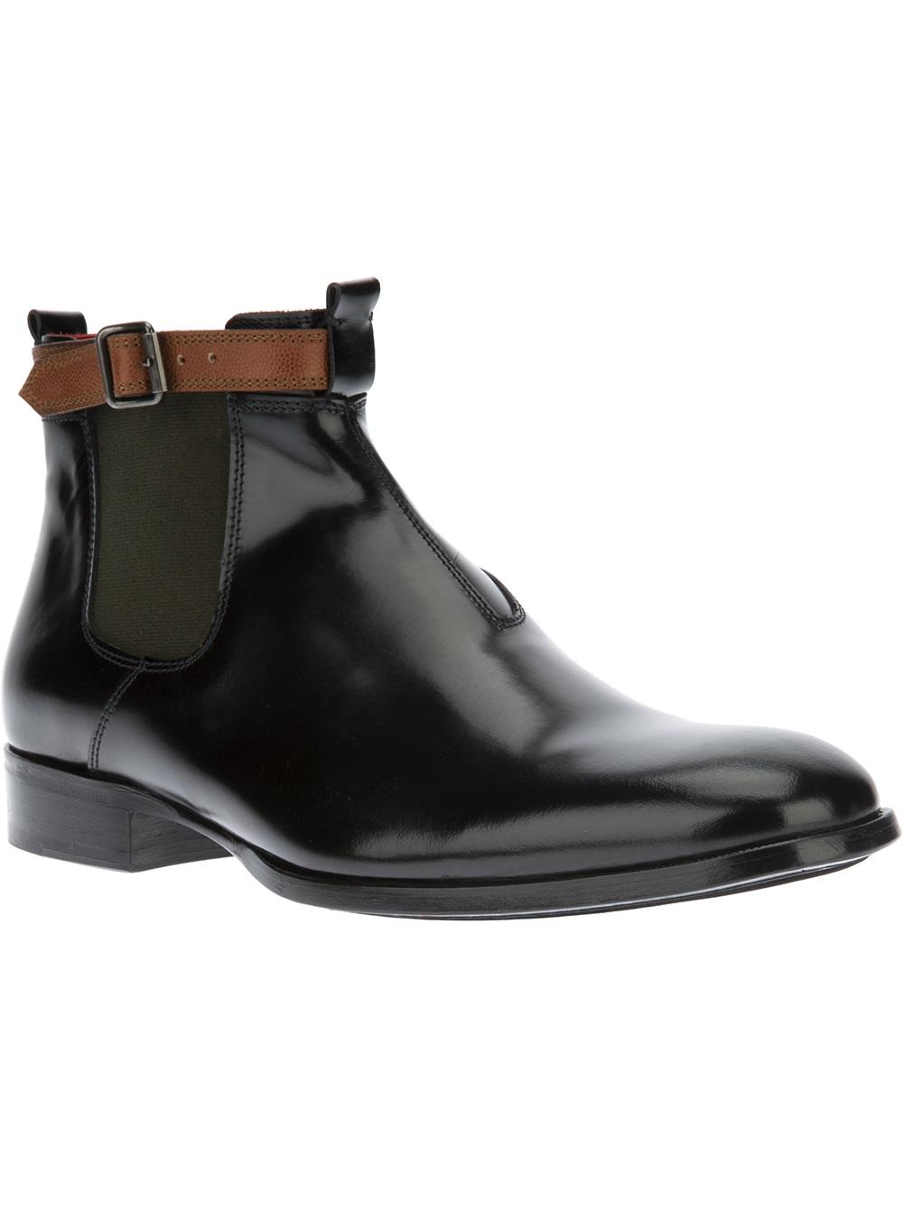 Lyst Alexander Mcqueen Buckled Chelsea Boots In Black