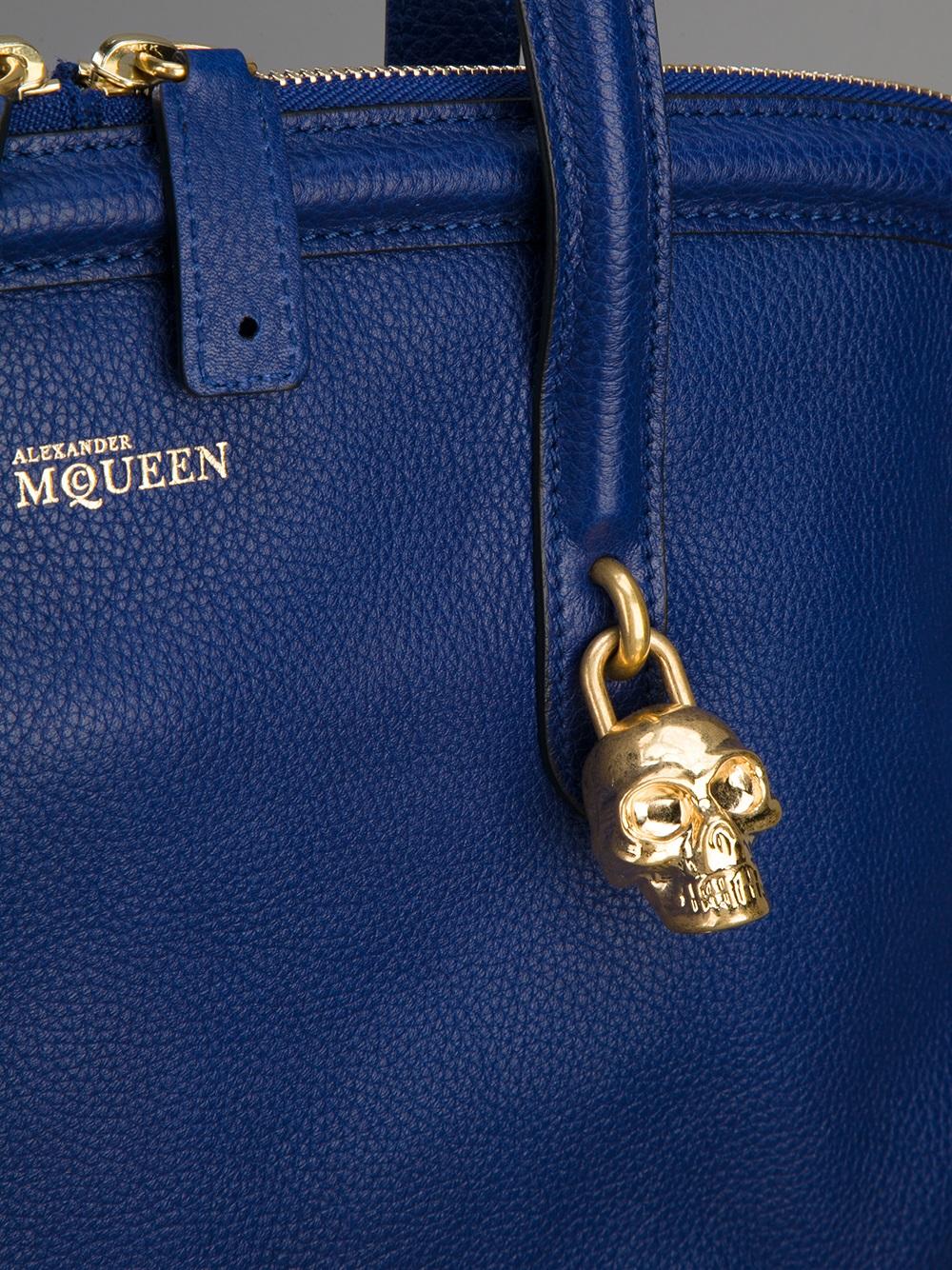 Alexander McQueen Skull Padlock Tote in Pink & Purple (Blue)