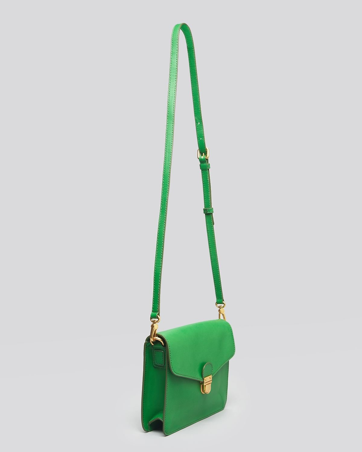 Marc By Marc Jacobs Crossbody Top Chicret in Green