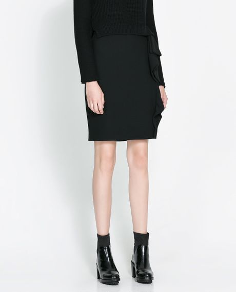 zara pencil skirt with ruffle in black lyst