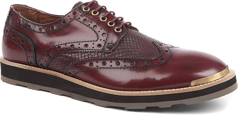 Bo Burnham Shoe Size