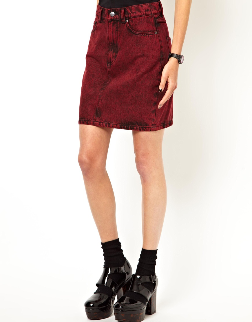 The textile rebels Monki Denim Skirt in Red | Lyst