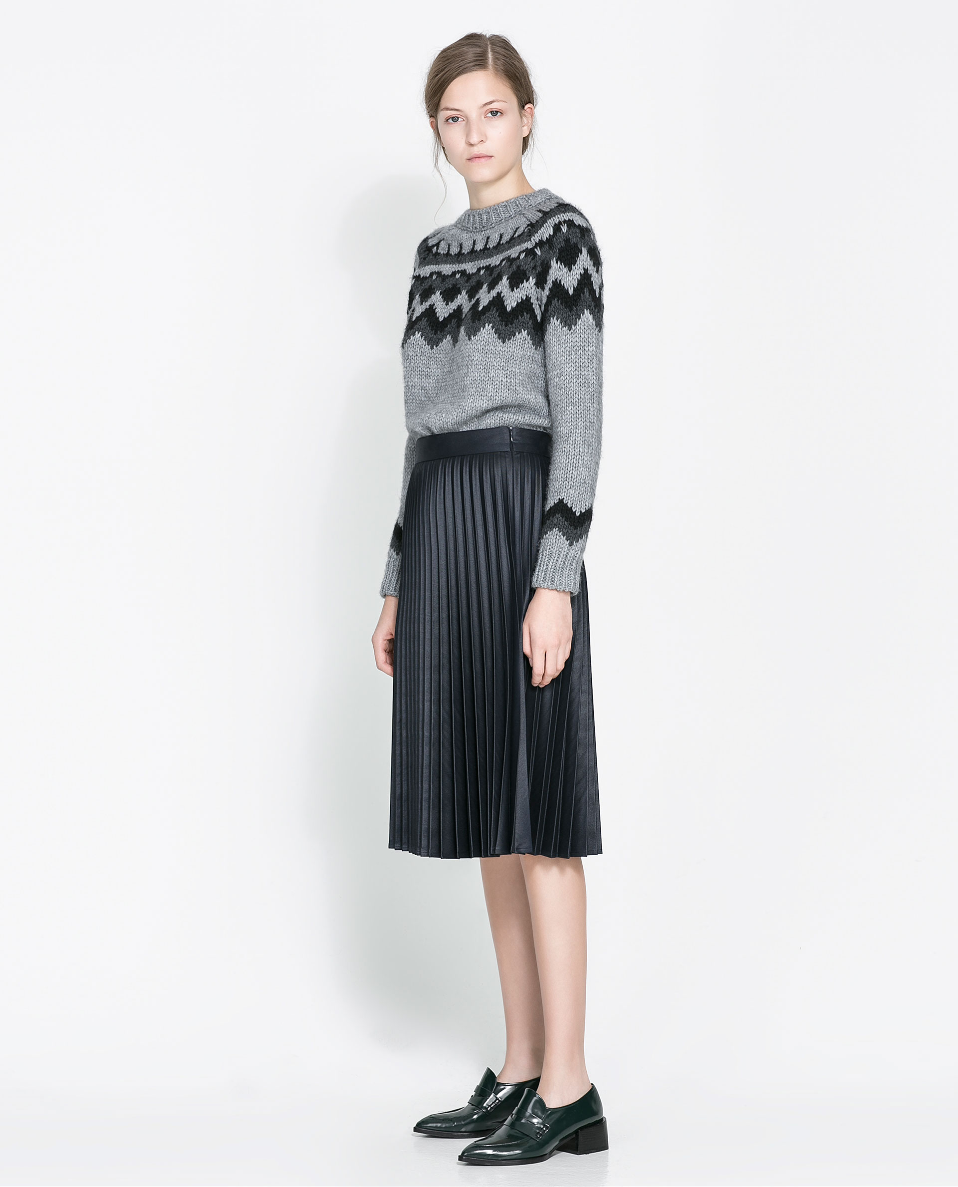 zara coated pleated skirt in black lyst