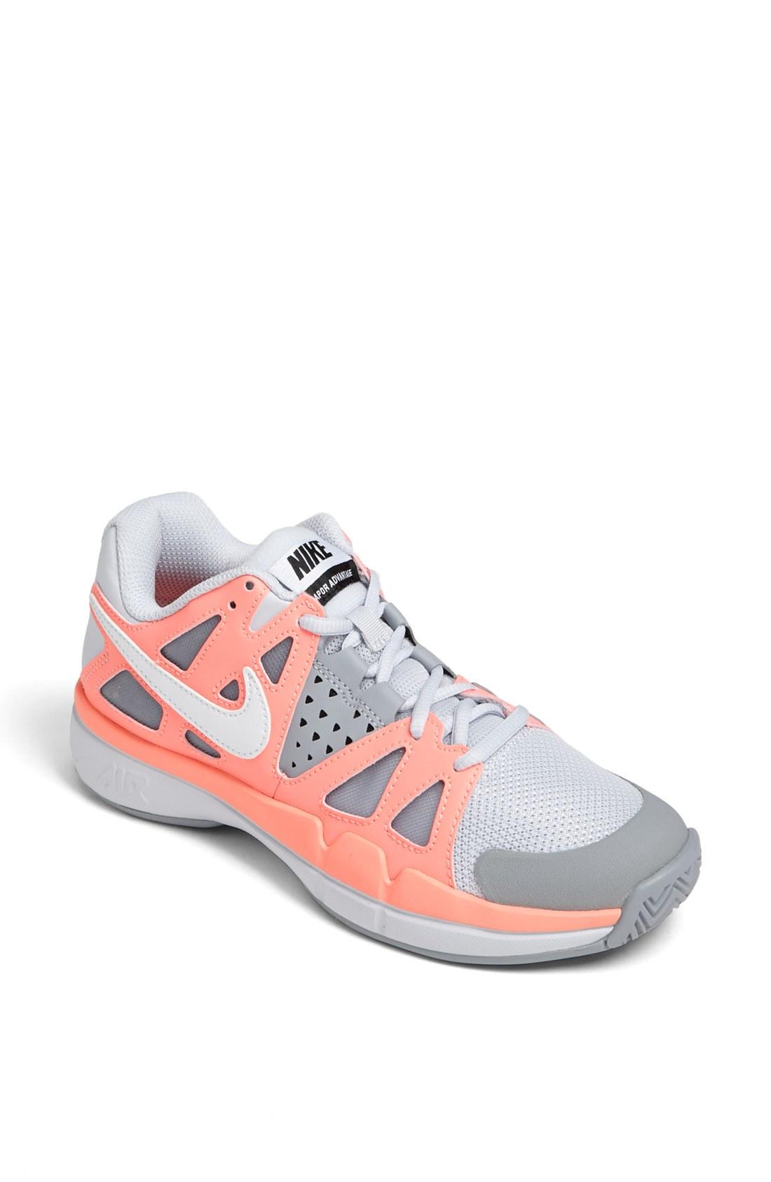 Nike Air Vapor Advantage Grey Tennis Shoes