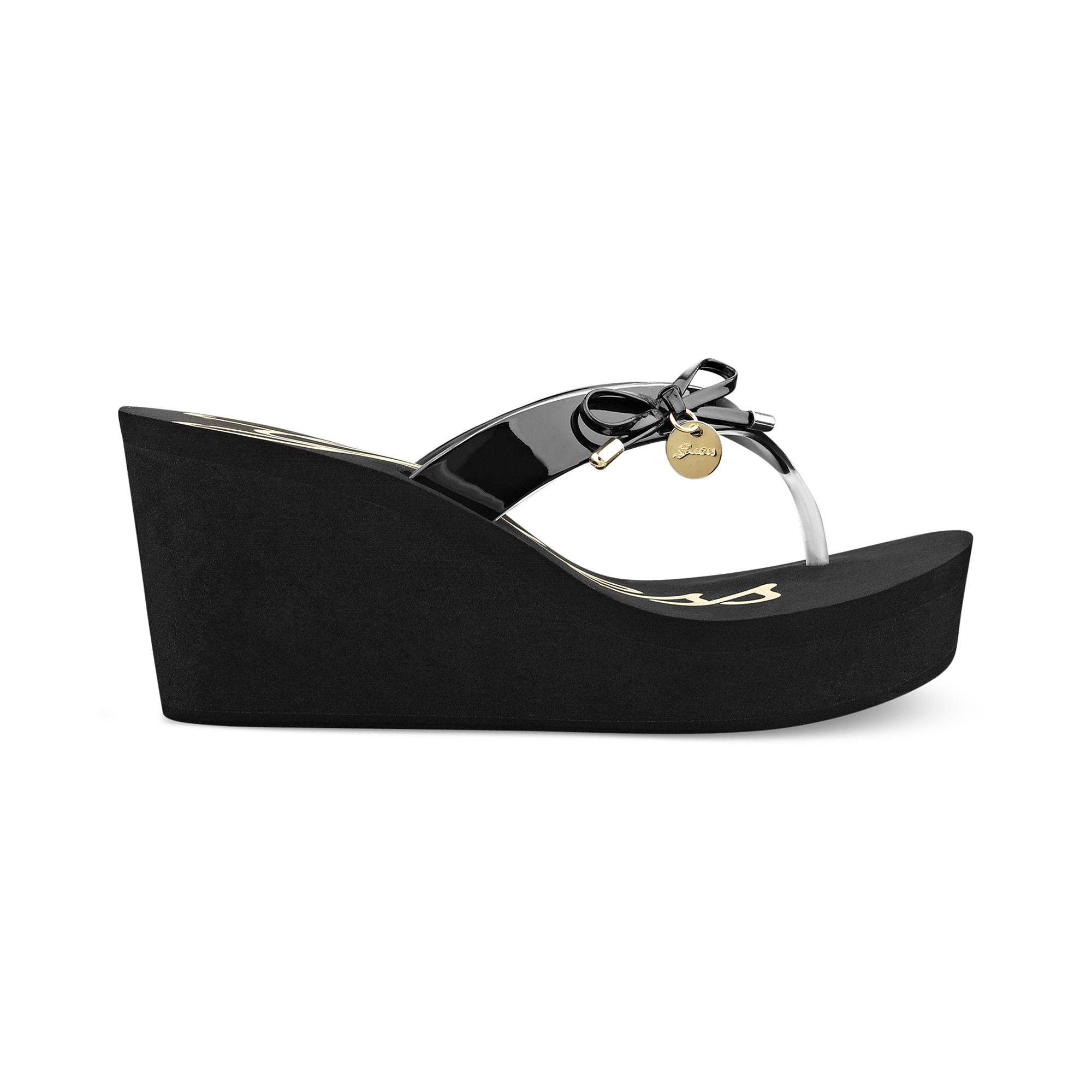 75f1f9acc2fb91 Lyst - Guess Shoes Sorliea Platform Wedge Thong Sandals in Black