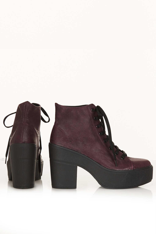 TOPSHOP Astrix Platform Lace Up Boots in Burgundy (Red)