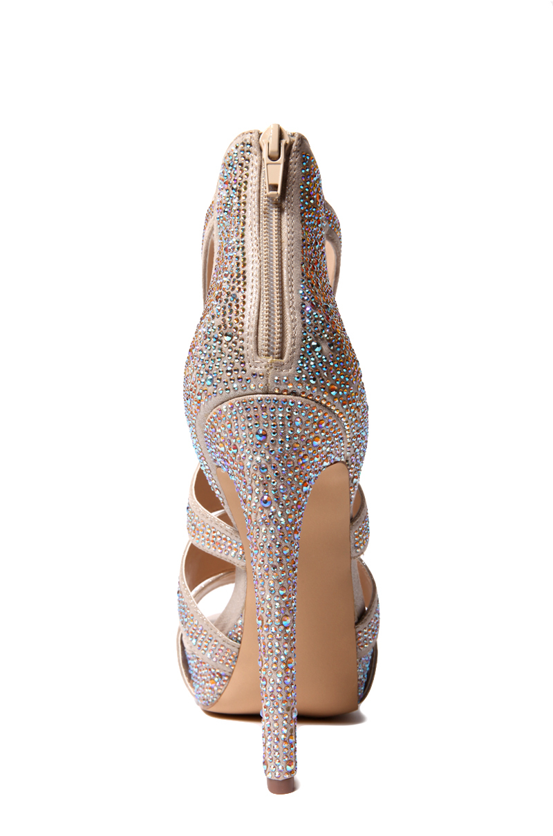 Siete Fiordo gene  Steve Madden Spycee Sandal in Metallic - Lyst