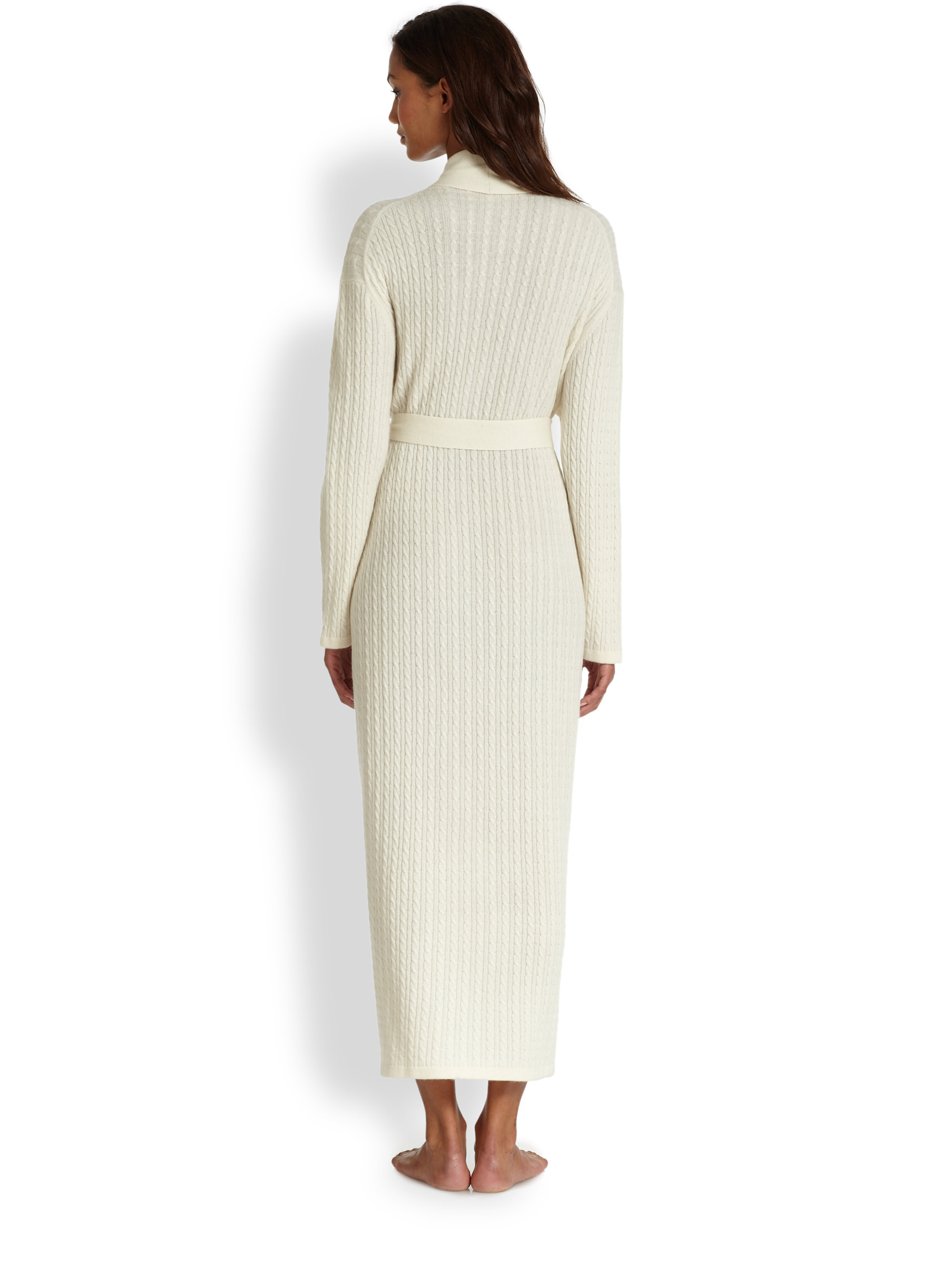 Saks fifth avenue long cable cashmere robe in white lyst for Saks 5th avenue robes de mariage