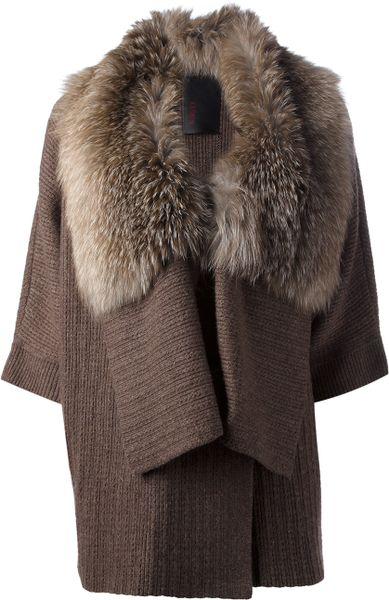 grey cardigan with white fur collar