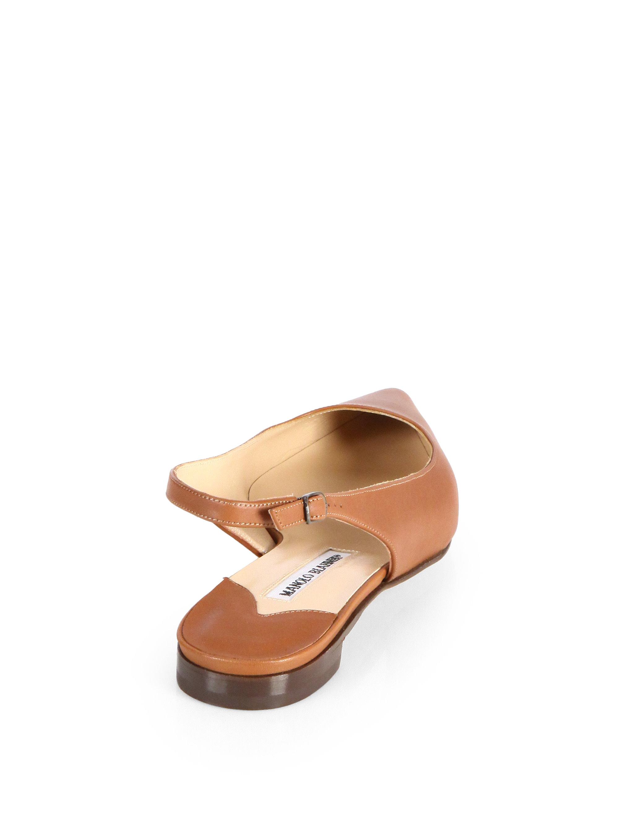 where can i buy manolo blahnik shoes in las vegas
