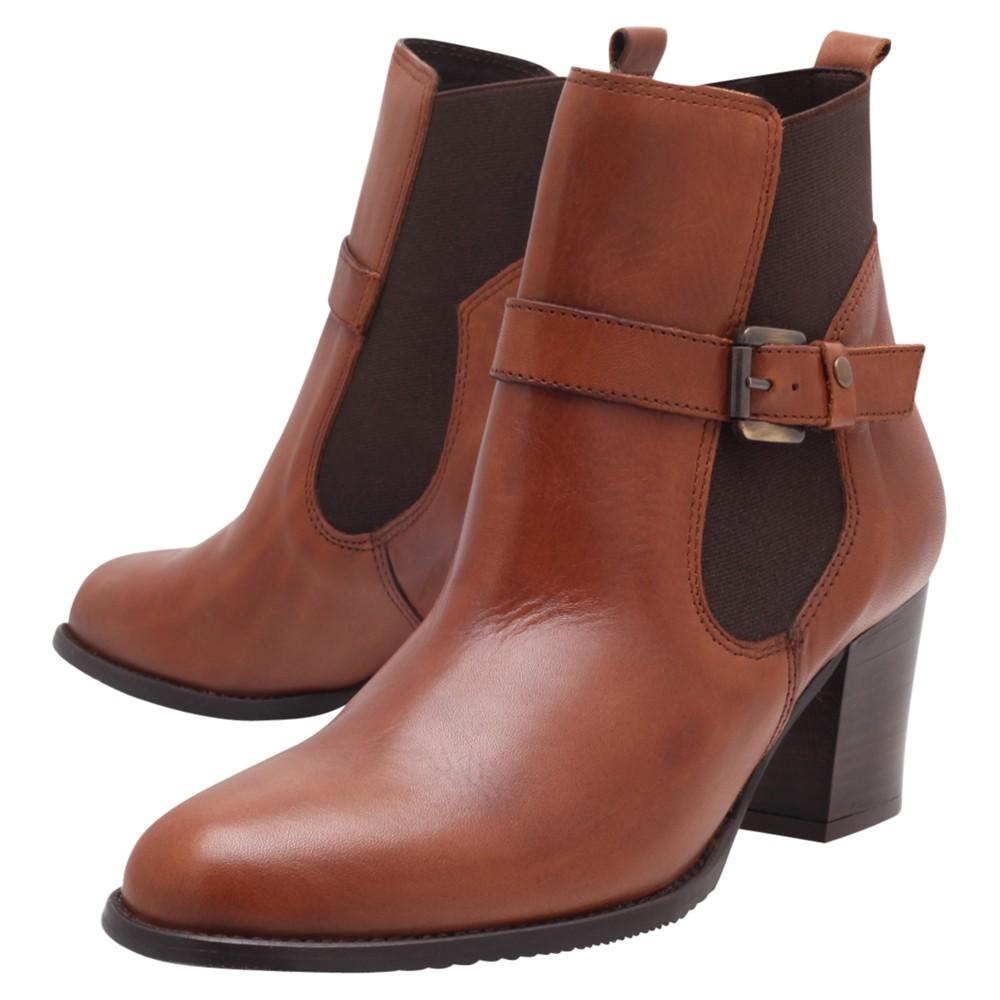Carvela Kurt Geiger Soup Leather Buckled Block Heel Chelsea Boots in Tan (Brown)