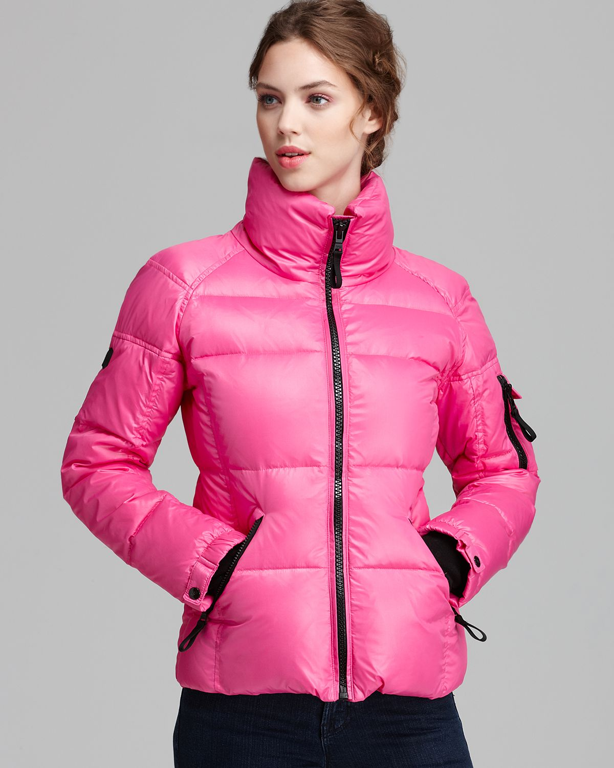 Sam. Freestyle Down Jacket in Pink (Hot Pink)