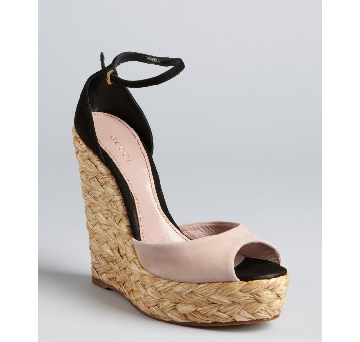Lyst Gucci Blush And Black Suede Woven Jute Peep Toe
