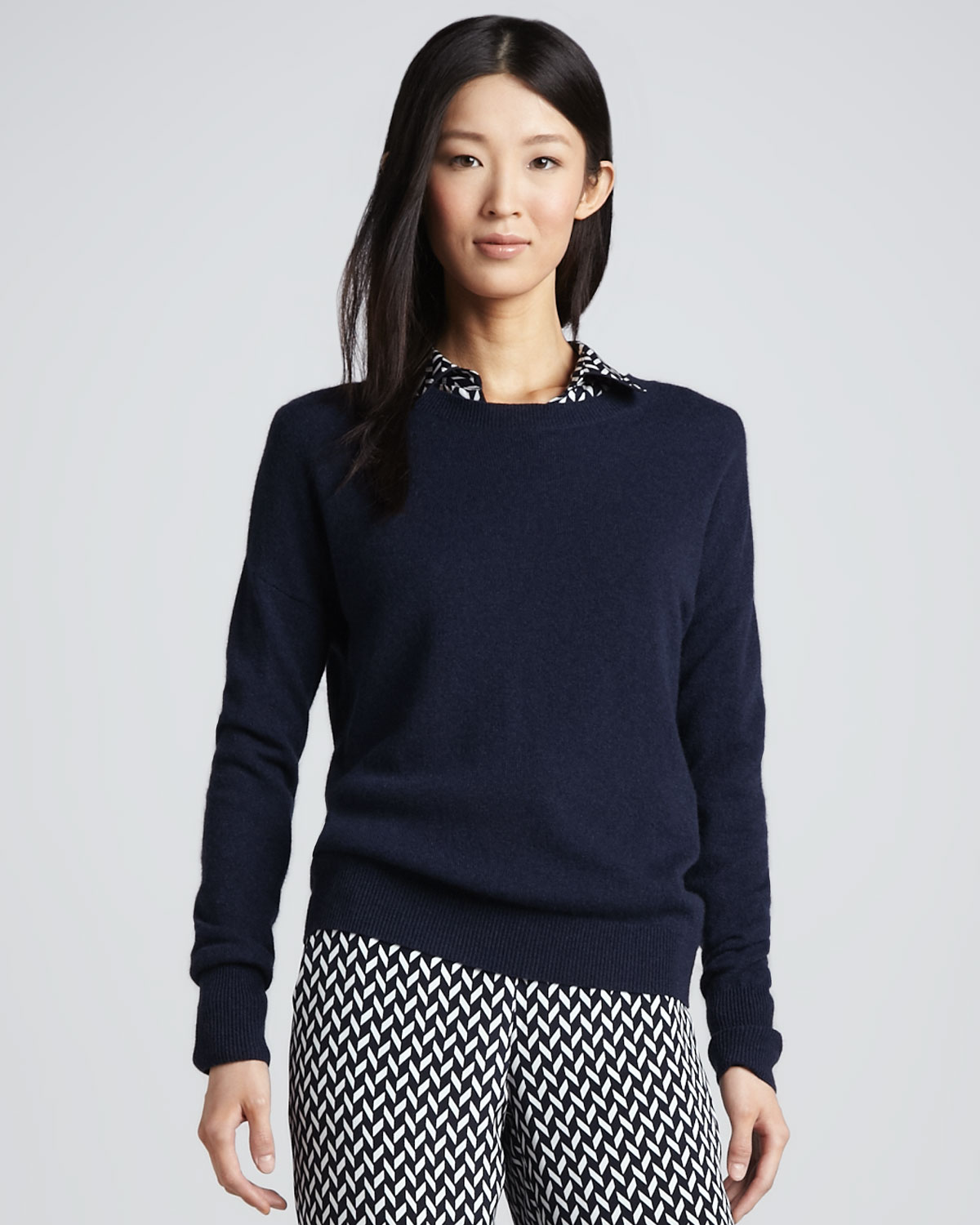 Theory Tollie Ribtrim Cashmere Sweater in Black | Lyst