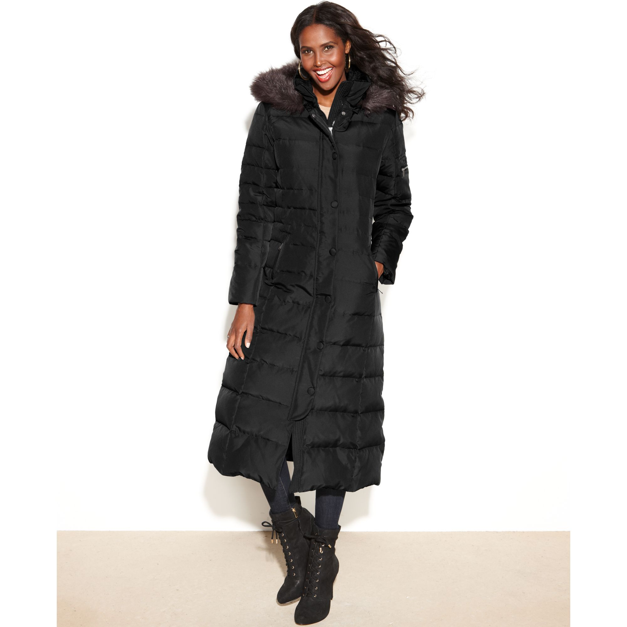 Shop petite puffer coats, trench coats, quilted coats and more at Lord & Taylor. Free shipping on any order over $