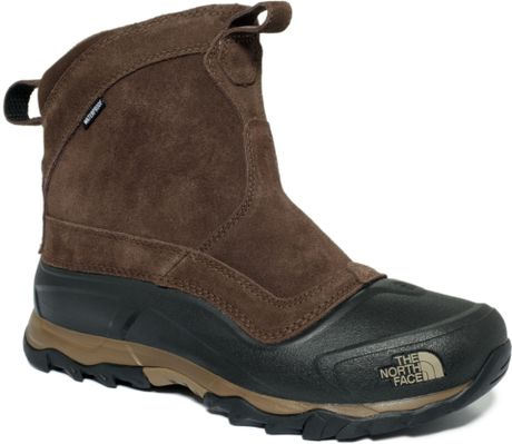 the north face snowfuse waterproof pull on boots in brown. Black Bedroom Furniture Sets. Home Design Ideas