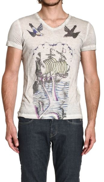 Richmond denim tshirt short sleeve v neck tattoo print in for T shirt printing richmond va
