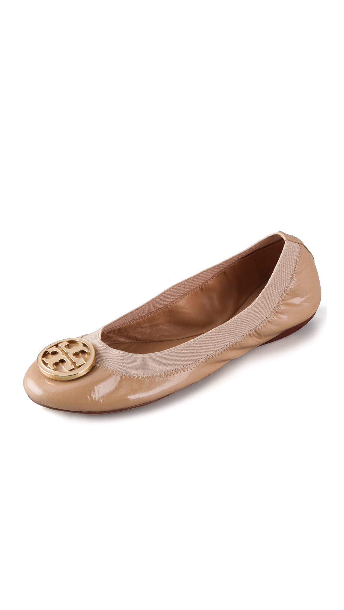 Browse Tory Burch best shoes inspirations straight from the Fall/Winter Collection and find the ideal must have piece for your casual everyday or evening glam look. Buy the Fall/Winter collection of Tory Burch shoes online and get free shipping worldwide.