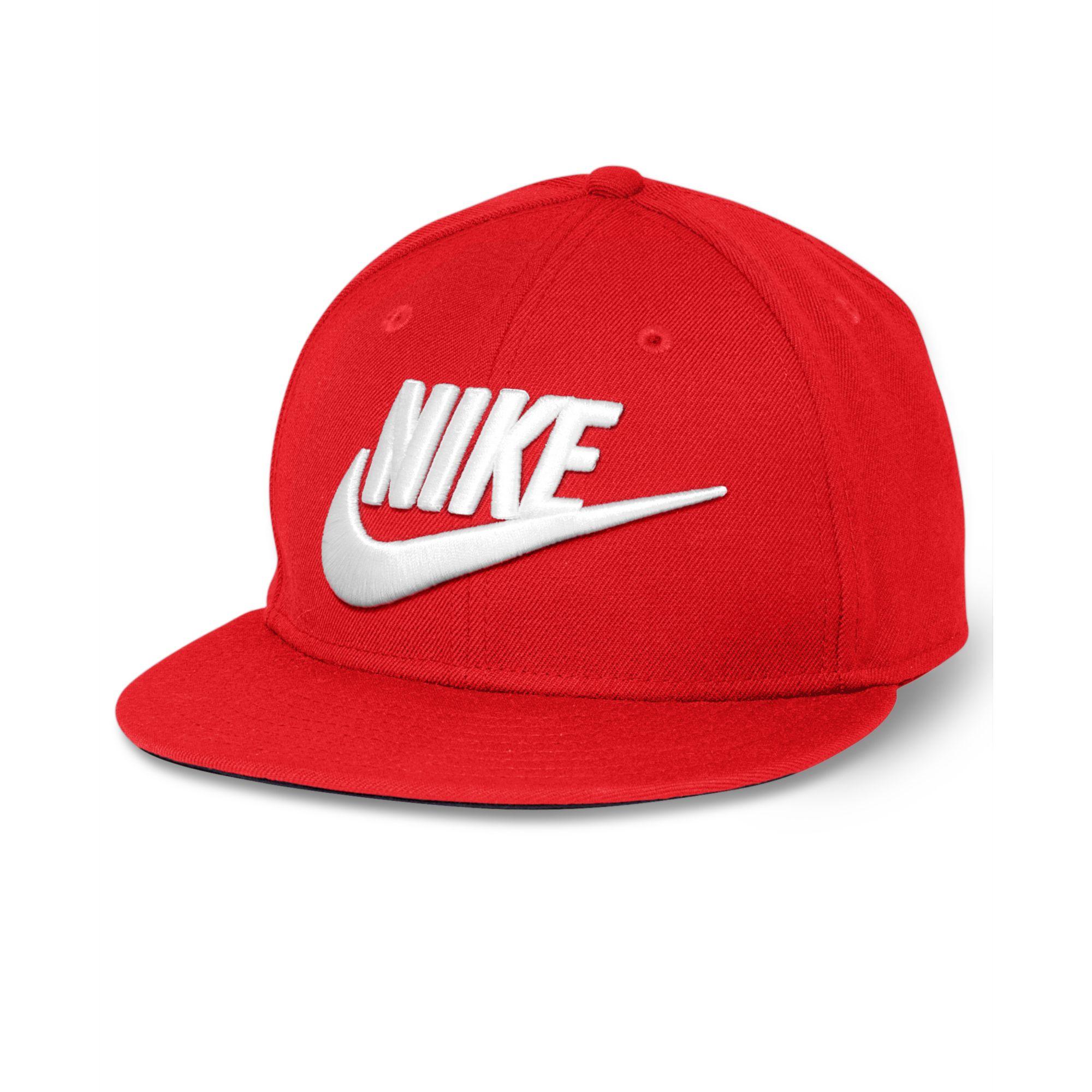 7c28f6a2e Nike Red Futura True Snapback Cap for men