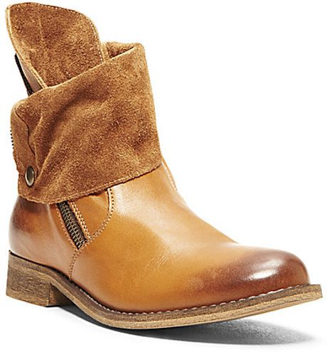 Steve Madden Solemate in Brown (COGNAC LEATHER)