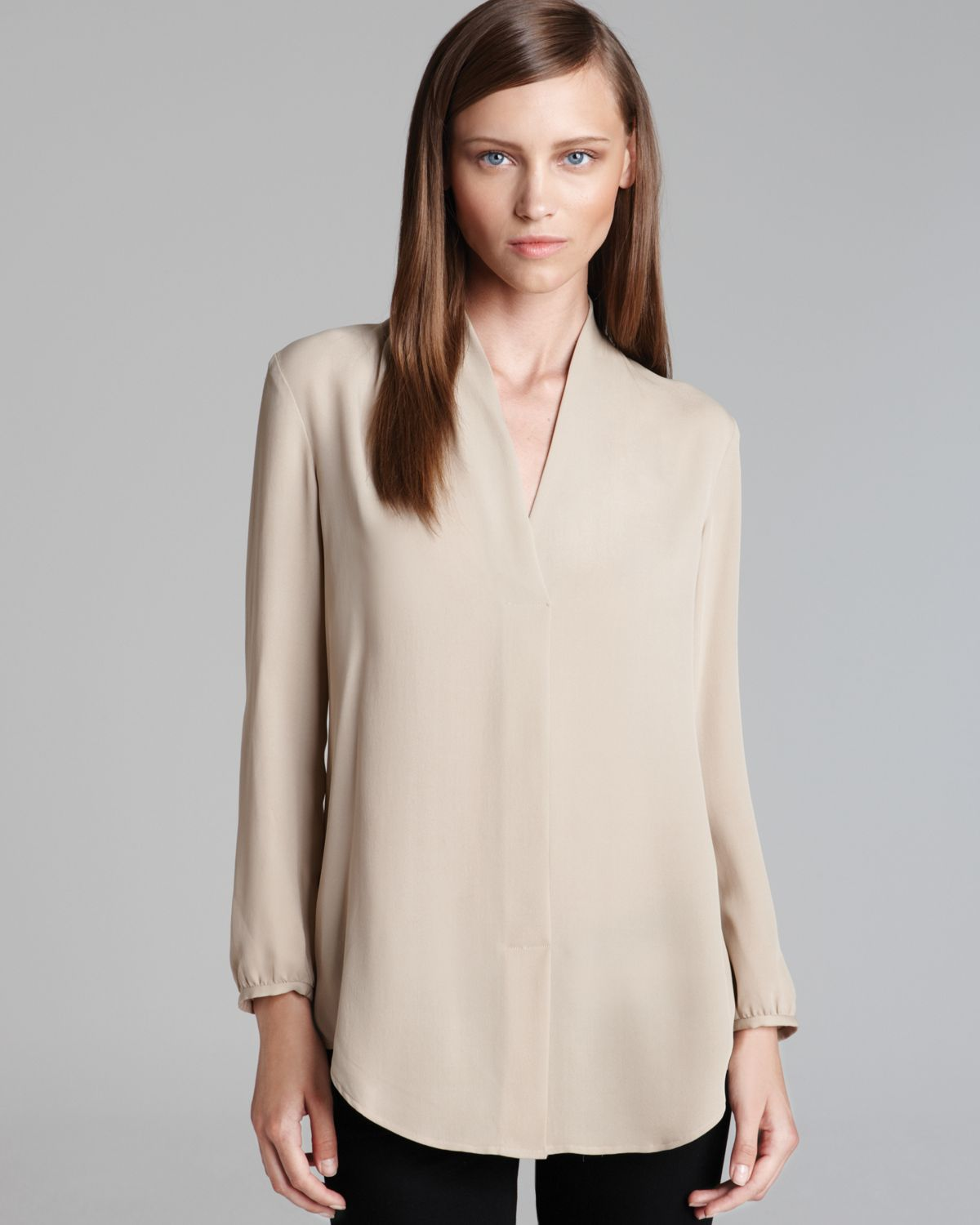 baf94ef67c Theory Blouse Helona Double Georgette Long Sleeve in Natural - Lyst