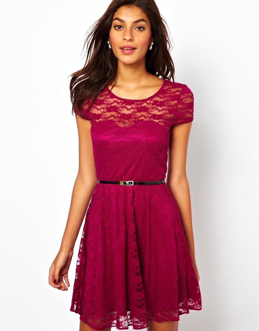 Lace Skater Dress With Short Sleeves And Belt