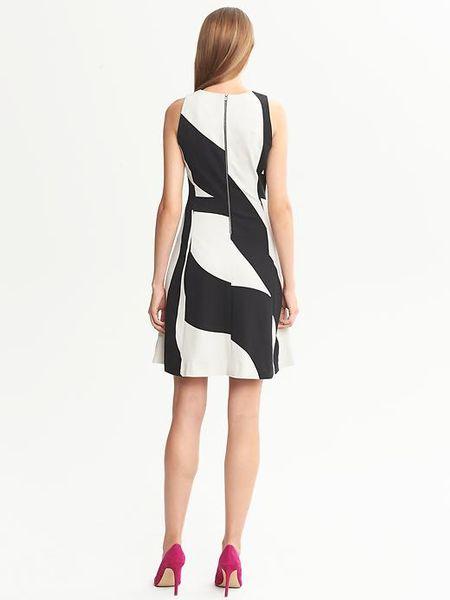 Banana Republic Bold Print Fit And Flare Dress Black Combo
