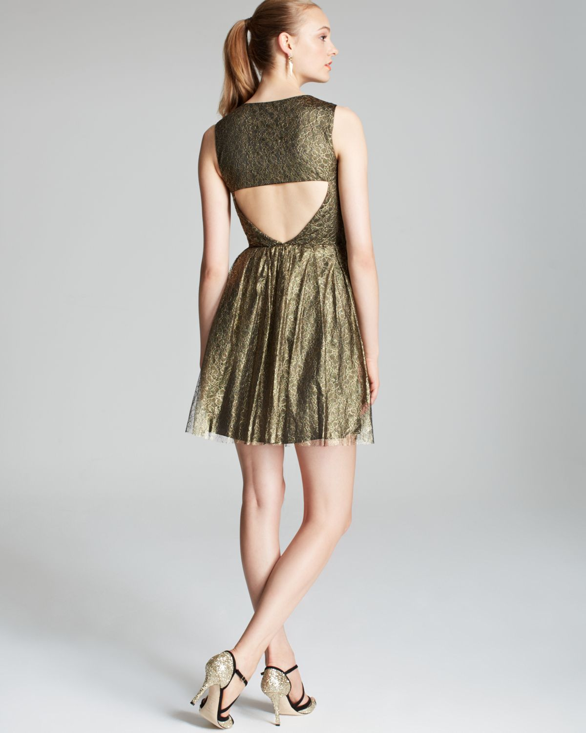 Lyst Erin Erin Fetherston Sleeveless Foil Lace Fit And
