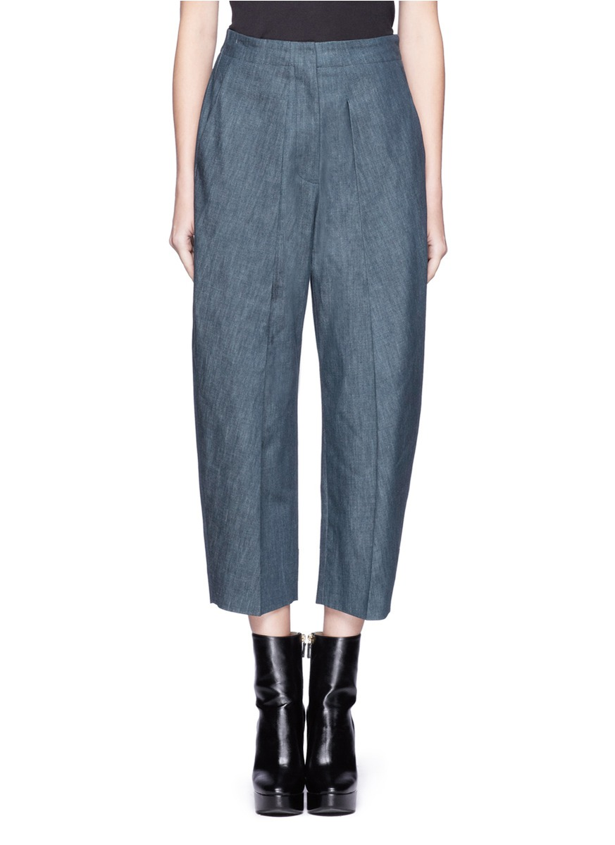 Lastest Overalls This Former Womens Fashion Staple Can Be Worn Long Or Short Change The Shirt Underneath The Overalls For A Completely New Look Denim Skirts Denim
