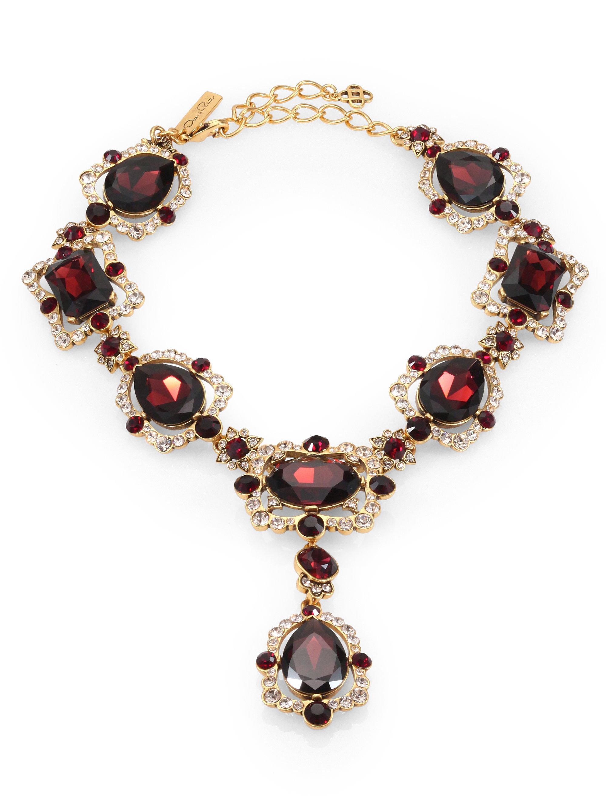 Oscar De La Renta Teardrop Crystal Medallion Necklace In