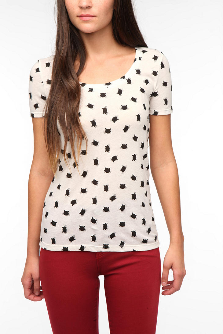 Bdg printed scoopneck tee in white birch cat print lyst for Lucky cat shirt urban outfitters